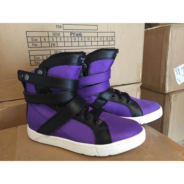 da2d0153dd2a1 Discover HeydayFootwear.com's Instagram Feed with Have2Have.It